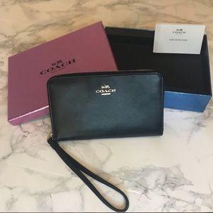 COACH • NWT • Wallet/Wristlet